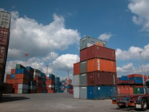container shipping storage uk